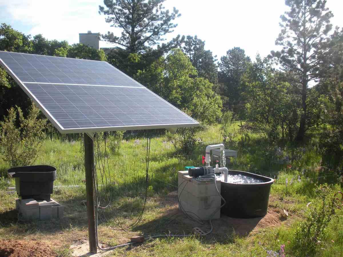 la premiere reference en pompe solaire professionnelle la pompe solaire pour bassin et piscine. Black Bedroom Furniture Sets. Home Design Ideas